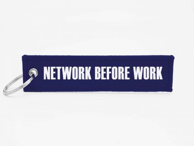Network before work Schluesselanhaenger mit logo
