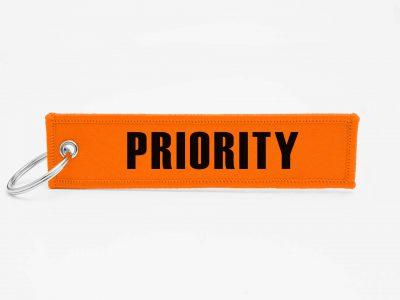 Priority Schluesselanhaenger mit logo