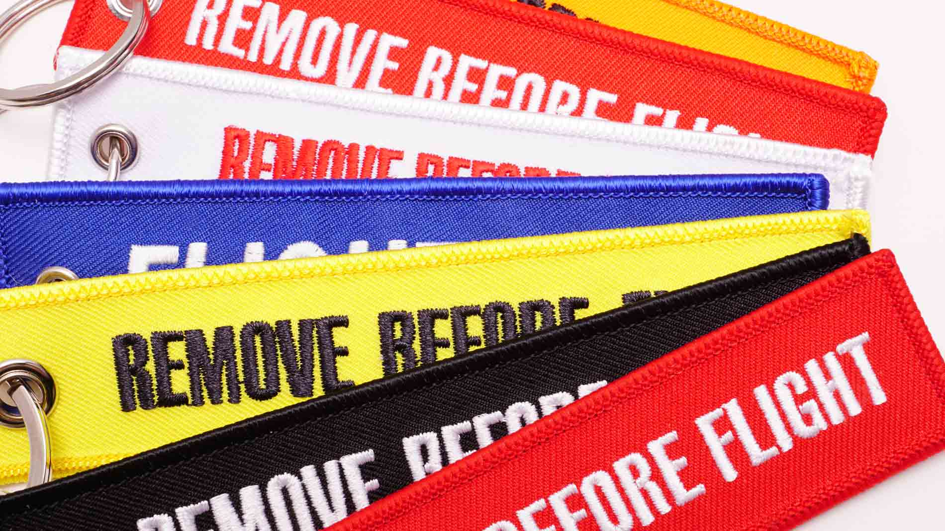 Remove Before Flight Schluesselanhaenger bunt