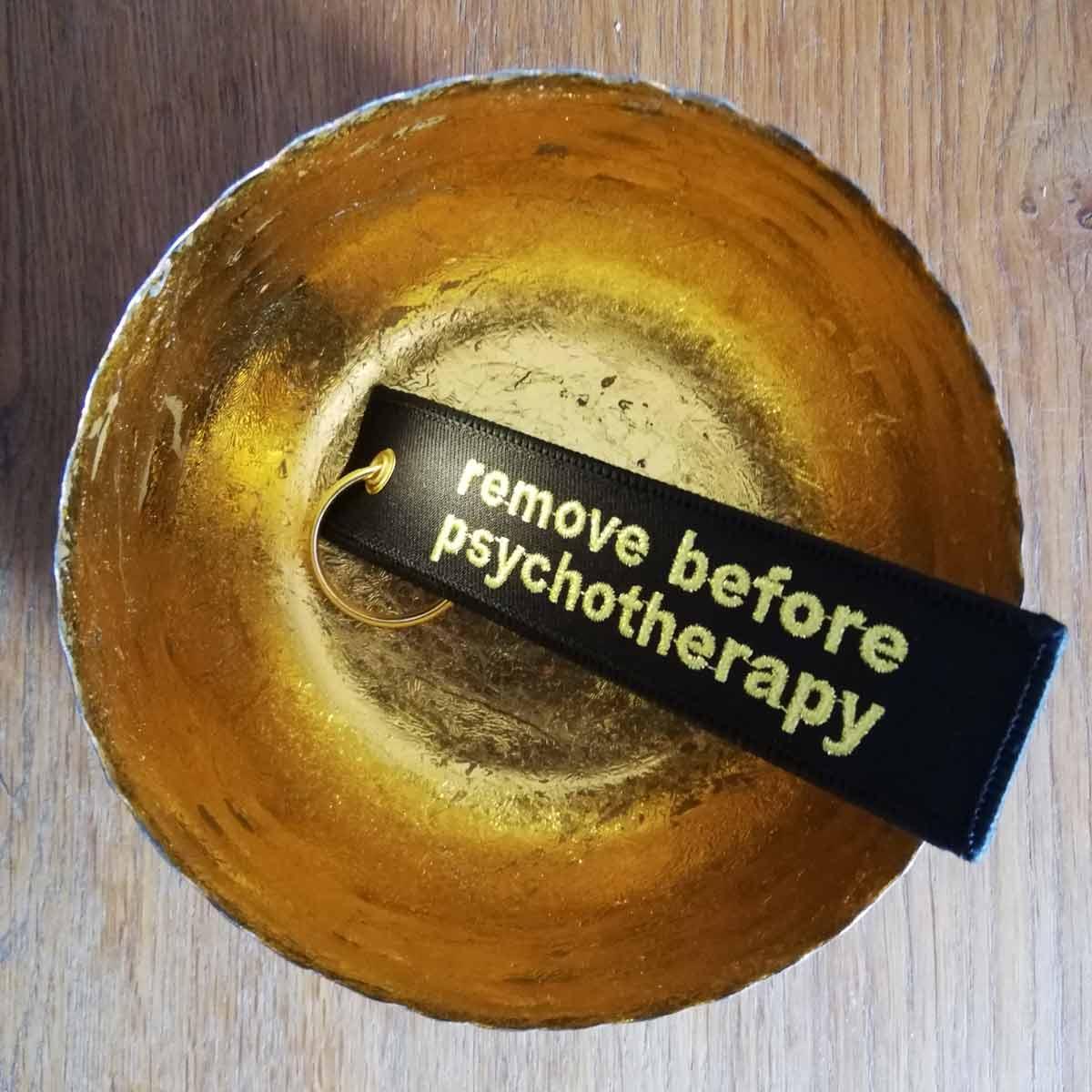 remove before psychotherapy 3monkeys schlüesselanhänger