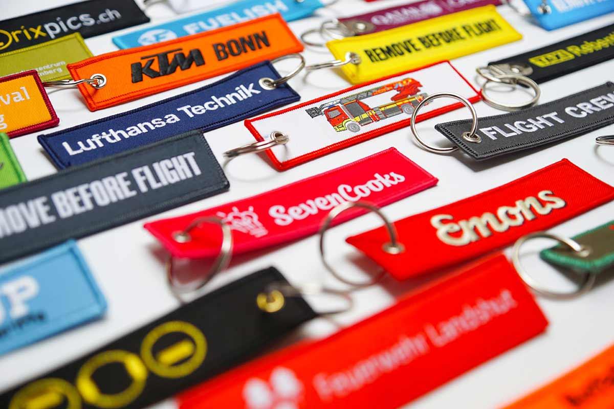 Individuelle bunte Schlüsselanhänger mit Logo